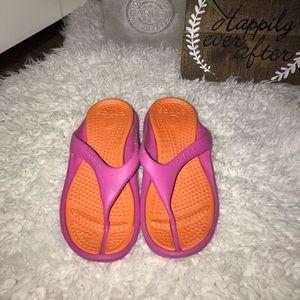 Crocs pink/orange flip flops